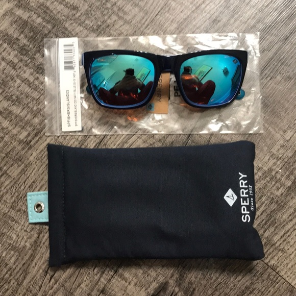 Sperry Other - NWT Sperry Fishers Island Mens sunglasses